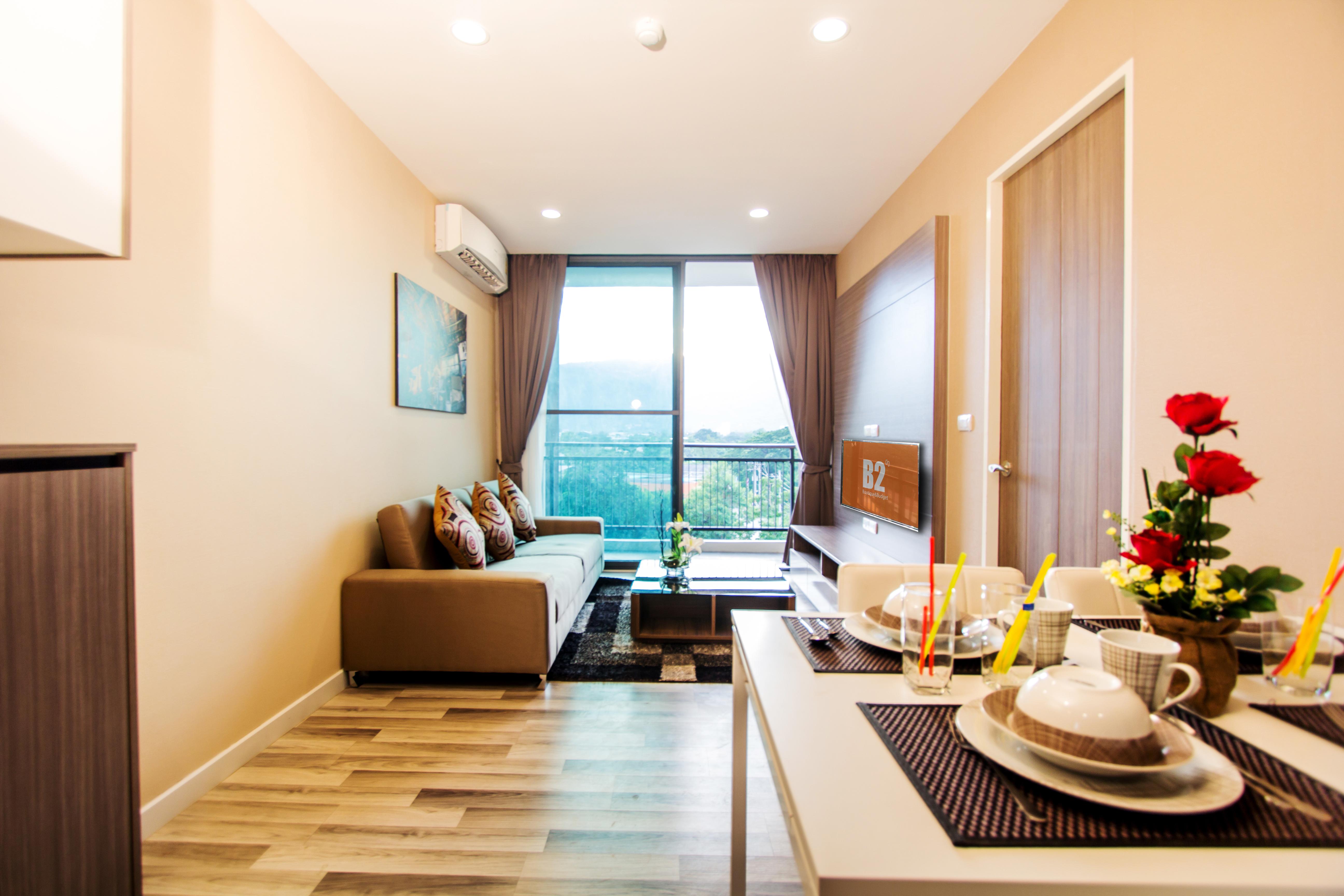 b2pano-suiteroom